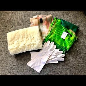 Vintage lot: Scarves & Gloves